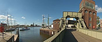 Alte Hafenbrücke Bremerhaven