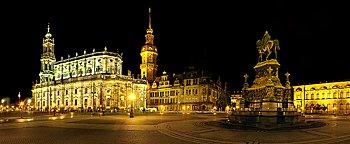 Theaterplatz bei Nacht Dresden