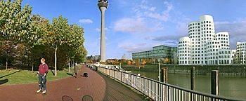 Medienhafen-Promenade Medienhafen Düsseldorf