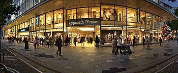 Zeil Shoppingmeile  Frankfurt