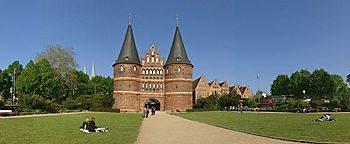 Holstentorplatz  Lübeck