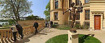 David Goliath Schweriner Schloss Schwerin